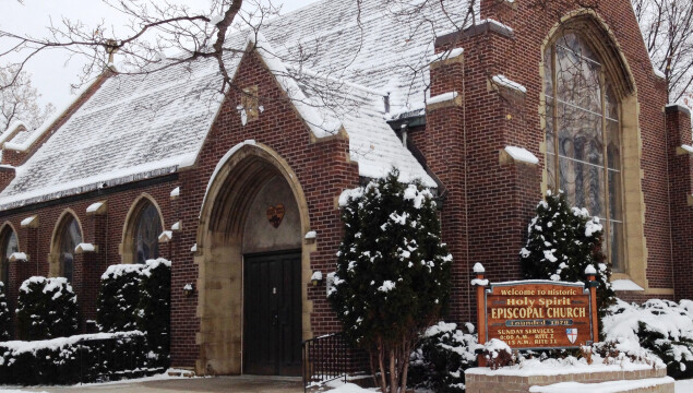 Welcome to Holy Spirit Episcopal Church! Click the photo for a slideshow of who we are
